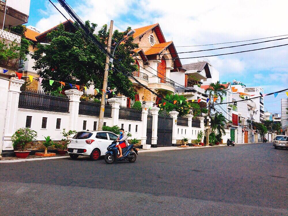 Cực HOT. Nhà khu cư xá tự do, đường CMT8, P7. Khu biệt thự sang trọng đẹp nhất quận Tân Bình