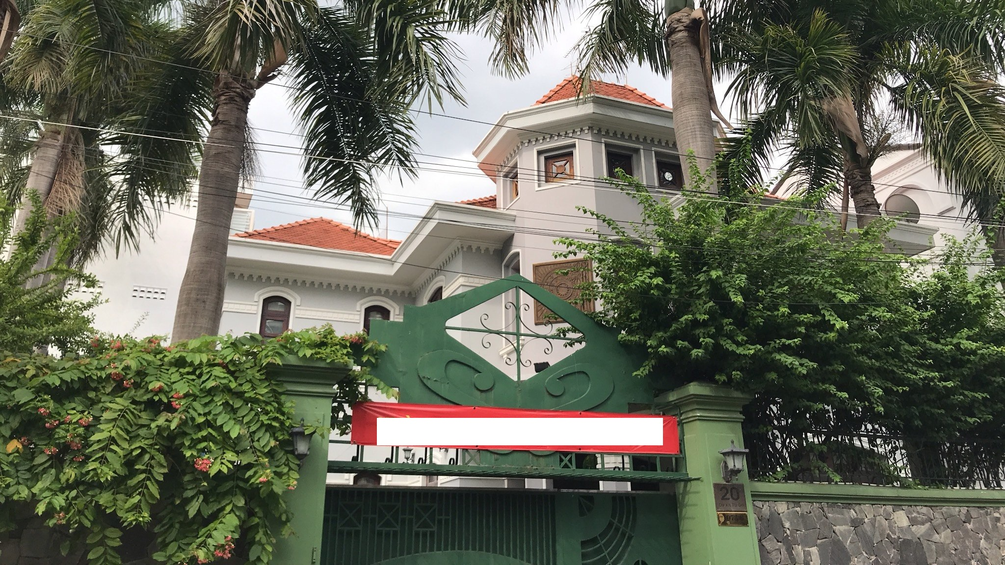 Bán nhà khu biệt thự Mê kông, số 3 đường Phổ Quang, Tân Bình. Gần sân bay TSN – DT: 8 x 16m