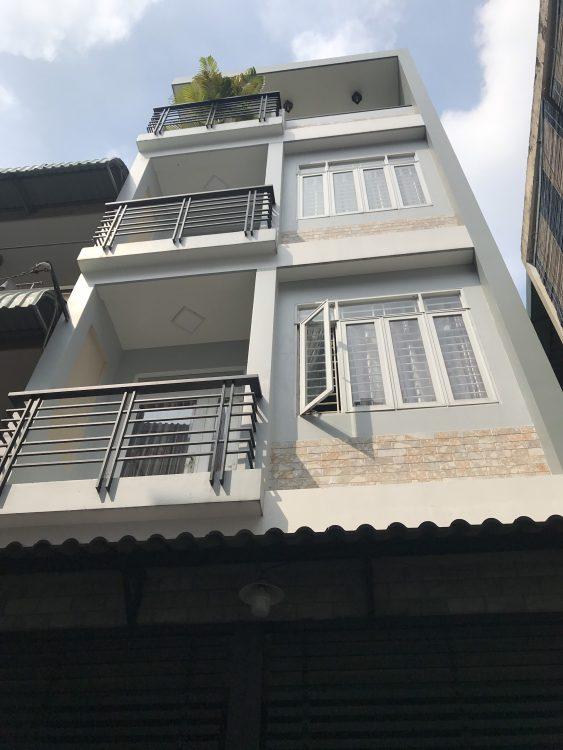 Chính chủ cần bán nhà mới đẹp hẻm xe tải đường CMT8, P7, Tân Bình, DT 5x15m, giá 9.5 tỷ