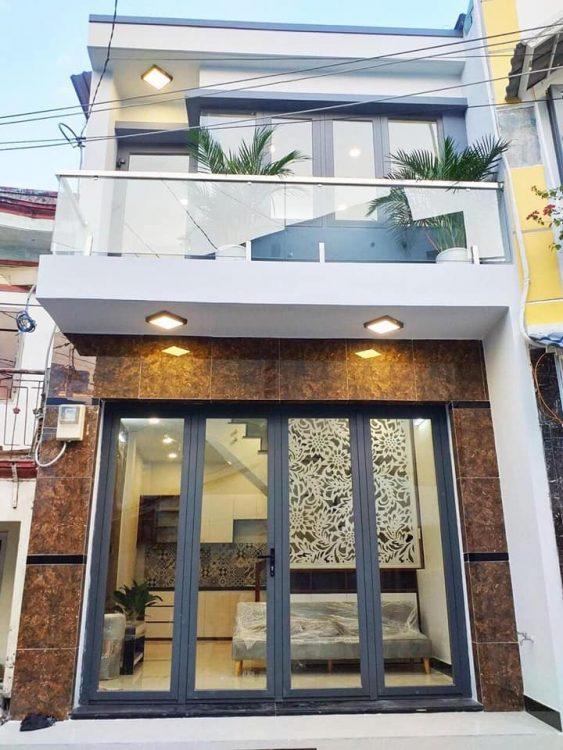 Bán nhà đường Bạch Đằng, P2, Tân Bình, 60m2 (4*15m) vuông vức, đường 12m có vỉa hè.