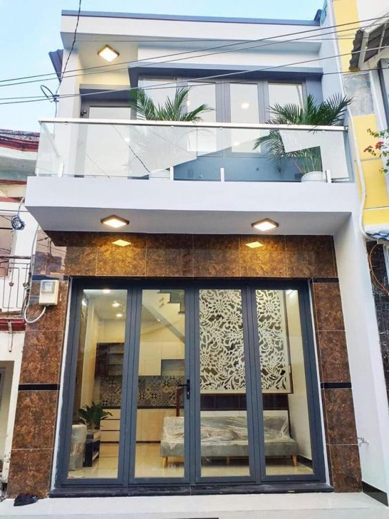 Cơ hội sở hưu nhà 7 tỷ để ô tô trong nhà đường Nguyễn Thái Bình, diện tích 85m2, nhà 3 tầng nhà đẹp