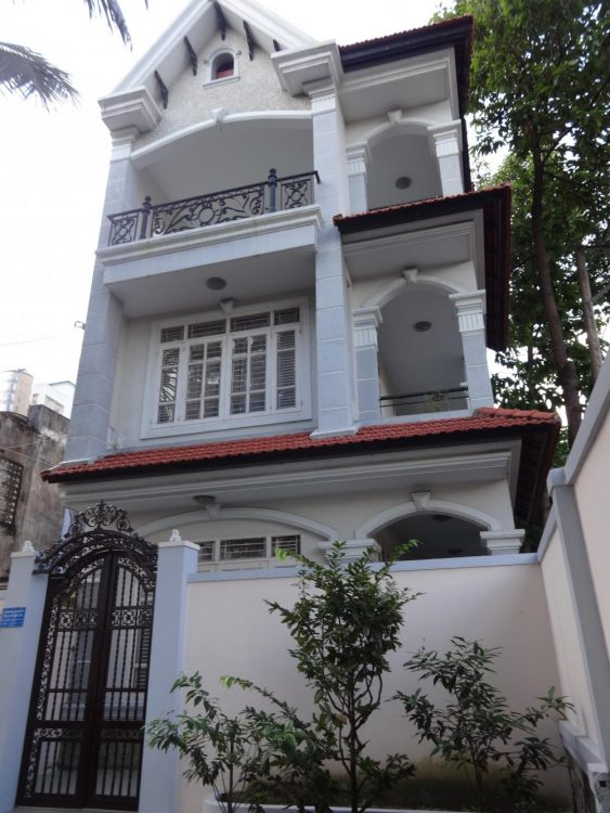 Nhà HXH khu đệ nhất KS – Hoàng Việt (4x10m) 4 tầng đẹp như phim, 7 tỷ 2, full nội thất cao cấp