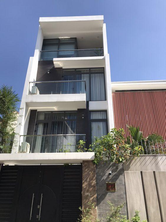 Bán nhà hẻm 8m đường Nguyễn Thái Bình, phường 12, Quận Tân Bình