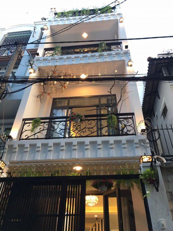 Bán nhà mặt tiền đường Hoàng Hoa Thám khu K300 P12 Tân Bình 10 tỷ (4x13m) nhà 3 lầu đẹp tiện ở KD
