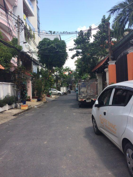 Bán nhà HXH Yên Thế, P2, Tân Bình, DT 7x11m, 1 trệt 2 lầu, giá 12 tỷ khu dân trí, an ninh yên tĩnh để ở
