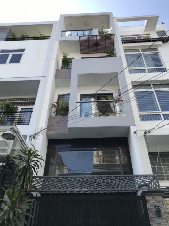 Cần bán gấp nhà 4 tầng CN 40m2 HXH Ni Sư Huỳnh Liên quận Tân Bình