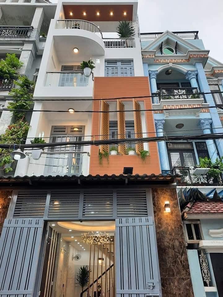 Bán nhà mặt tiền Hiệp Nhất, P4, Tân Bình, DT 5.5x24m, 3 lầu, sân thượng, giá 17 tỷ TL