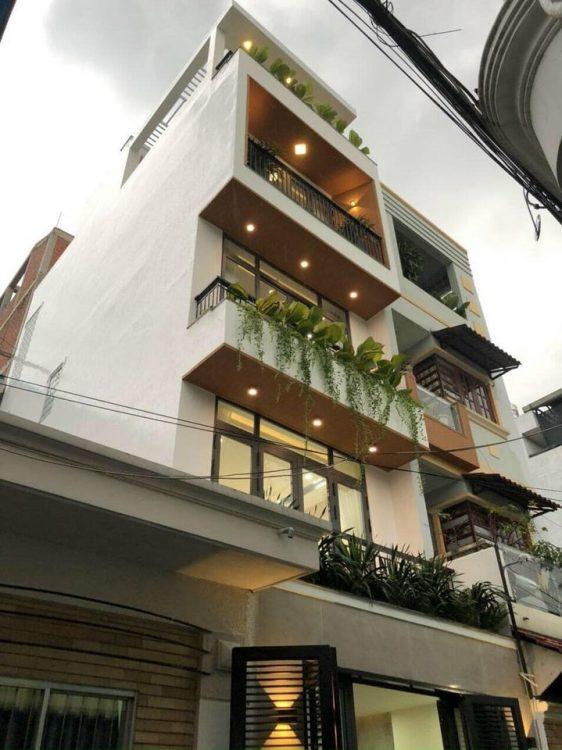 Hot! Nhà HXH 6m CMT8 – CX Tự Do (5x15m), 4 tầng bề thế, cách MT chỉ 2 căn nhà