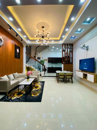 Bán nhà HXH Ni Sư Huỳnh Liên – Hồng Lạc Q Tân Bình 4 x 15m (4,8m) trệt 3 lầu + ST. Giá: 7.5 tỷ