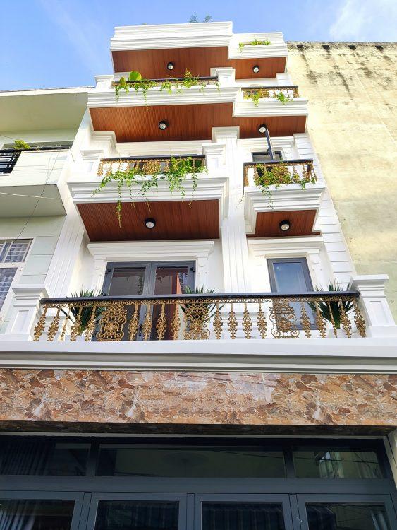 Chính chủ bán nhà mặt tiền Nguyễn Bá Tòng 6.5×13.5m, trệt 5 tầng thang máy