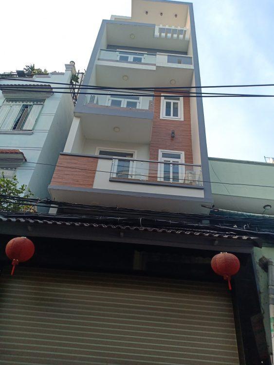 Kẹt tiền, bán gấp nhà HXH 7m Lạc Long Quân, diện tích: 6x13m, nhà 4 tầng có thể ở ngay chỉ 8.8 tỷ