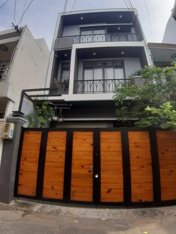 Nhà mới rất đẹp và hiện đại – Đường Trần Văn Quang – 4 tầng kiên cố – DT: 4 x 12.5m – Giá: 7.4 tỷ