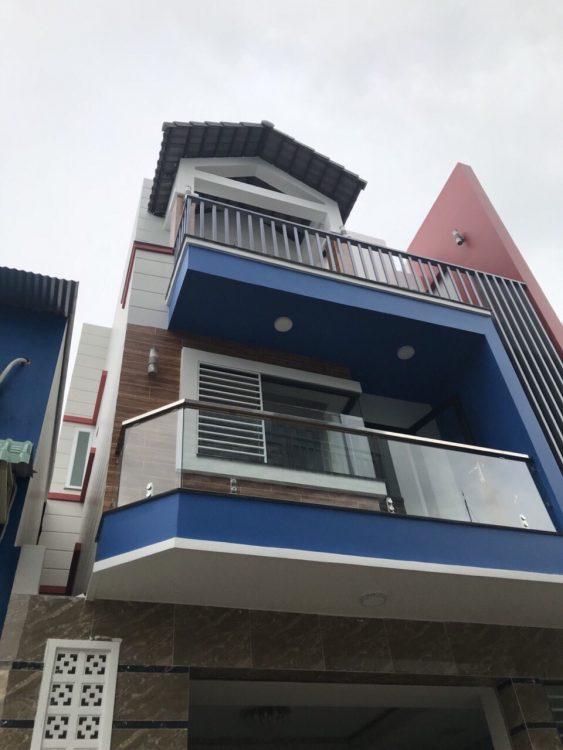 Bán nhà góc 2 mặt tiền hẻm 8m khu Bàu Cát, 6 x 21m, 2 tầng, giá chỉ 15.5 tỷ