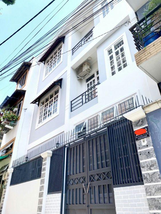 Kẹt tiền cần bán nhà riêng đường Lê Lai , phường 12, Tân Bình, Diện tích: 4x18m. Giá chỉ 10 tỷ 500