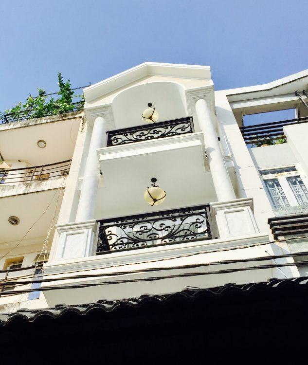 Nhà bán Cộng Hòa, HXT, P13, Tân Bình. DT 4×14 trệt 2 lầu, sân thượng,(7,8 ty)