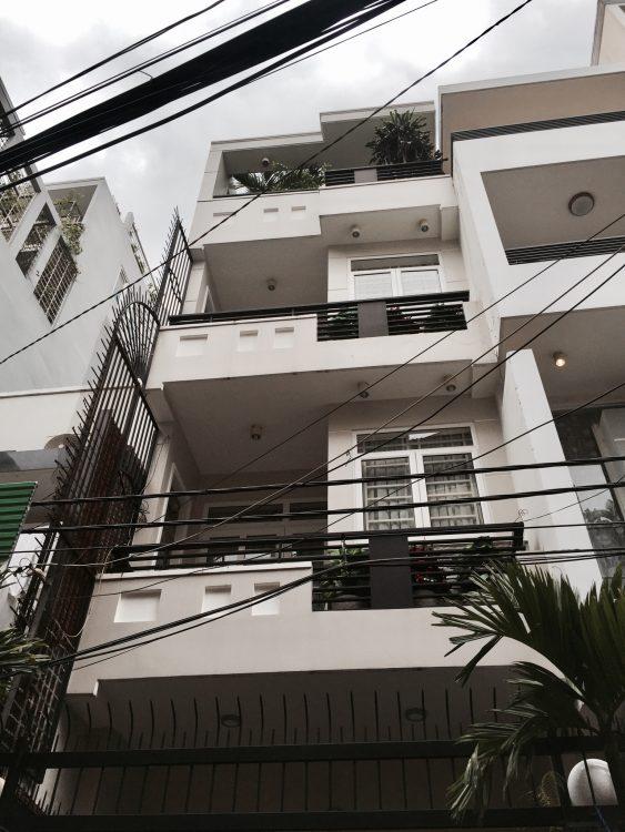Bán nhà, HXH, Phan Văn Sửu, P.13, Tân Bình 4×15 trệt 3 lầu sân thượng , cho thuê 20tr tháng.